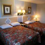 room w/ 2 beds
